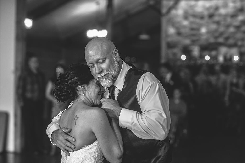 Real Fall Wedding at Williams Tree Farm in Rockton Illinois (83)