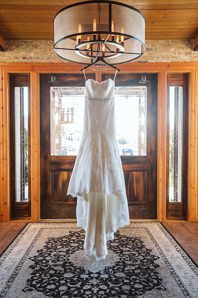 Real Fall Wedding at Williams Tree Farm in Rockton Illinois (2)