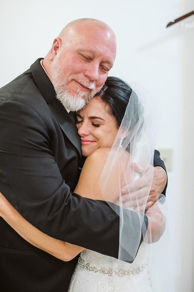 Real Fall Wedding at Williams Tree Farm in Rockton Illinois (25)