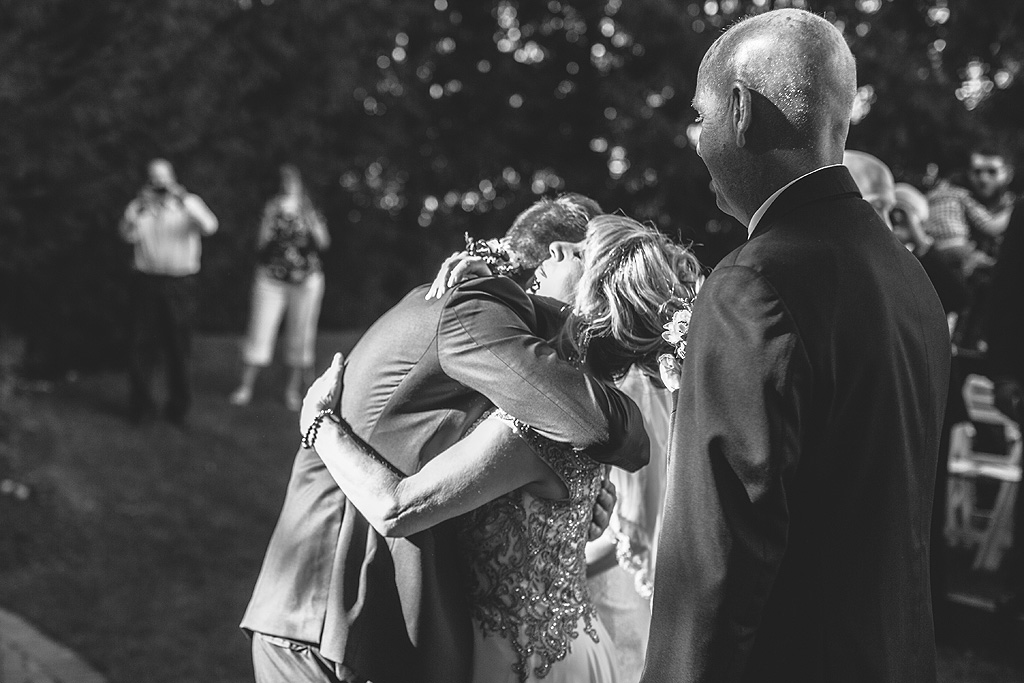Real Fall Wedding at Williams Tree Farm in Rockton Illinois (35)