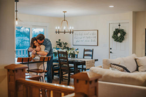 romantic couples photography session in their own home