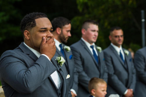 groom gasping when he see his bride for the first time